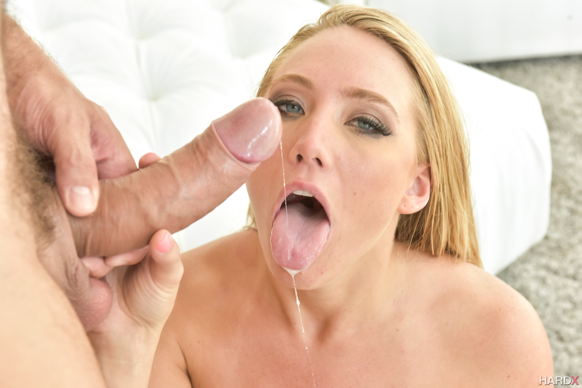 Hard core squirting cum are