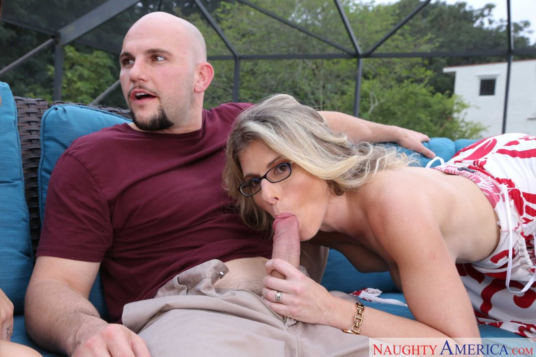 Mom Cory Chase and Aunt Kharlie Stone gets young